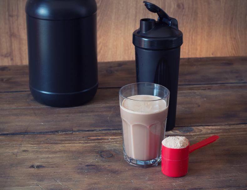 نیاز پروتئین بانوان در بدنسازی هنگام تمرین و کاهش وزن